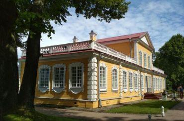 Деревянный дворец Петра вСтрельне как чудо подлинности