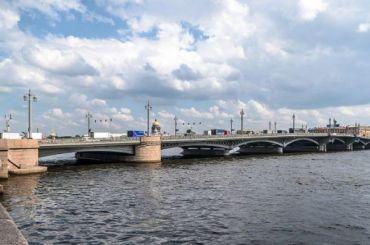 Благовещенский мост ввоскресенье разведут днем
