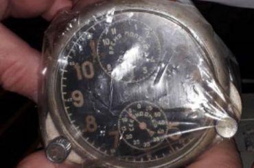Уиностранца отобрали ваэропорту Пулково радиоактивные часы