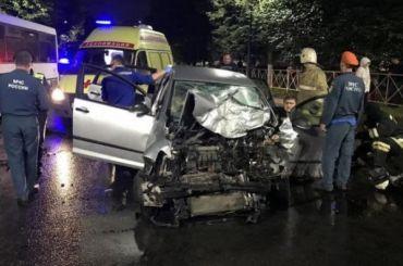 Два человека пострадали в«пьяном» ДТП савтобусом вГатчине