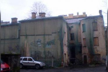 Суд встал насторону градозащитников вделе «омоложения» дома наРопшинской