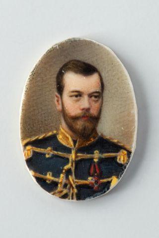 Миниатюра. Портрет императора Николая II. 8,0 х 6,0 мм.jpg