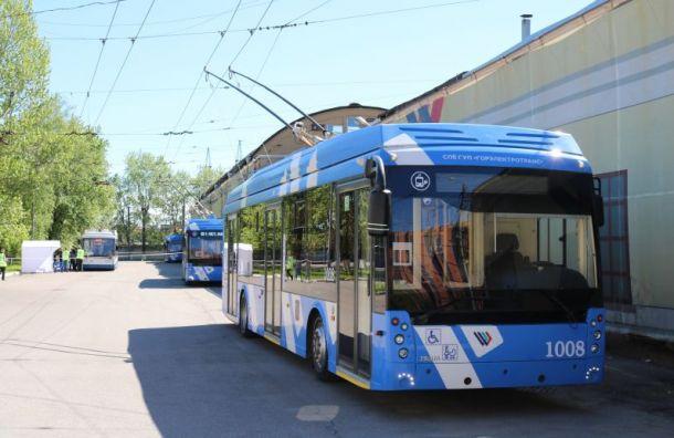 Электробусы подвезут жителейЖК «Огни Залива» и«Паруса»
