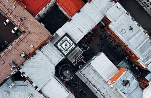 Покрас Лампас расписал смотровую площадку «Бертгольд Центра»