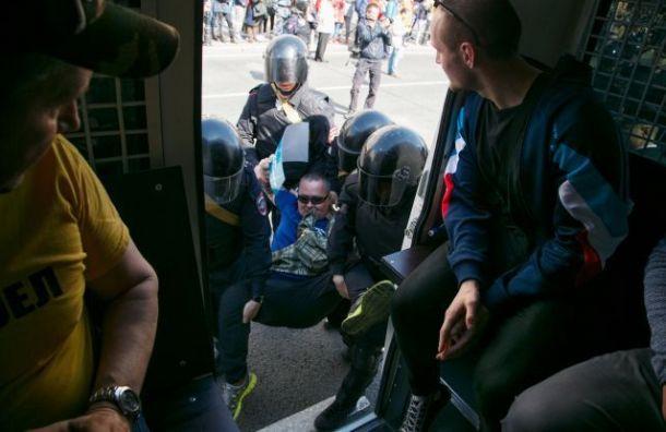 Депутат предложил увеличить срок задержания участников протестов