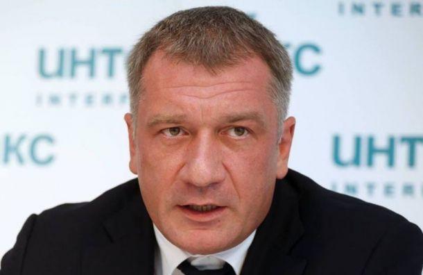 Депутат Петров предложил Покрасу Лампасу создать арт-объект вСланцах