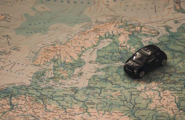 Награнице России иФинляндии скапливаются очереди