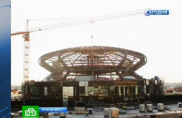 Активисты предлагают разобрать стеклянный купол Невской ратуши