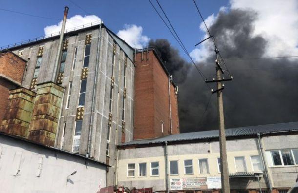 Пожару наСкладской присвоили наивысший ранг сложности
