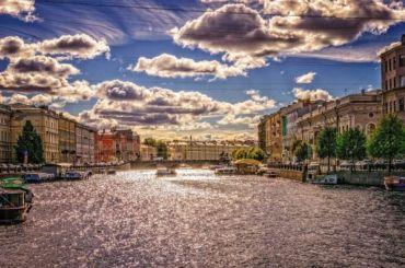 Петербуржцам обещают теплую пятницу