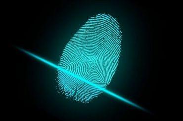 «Сбербанк»: покупку вмагазине можно будет оплатить отпечатком пальца