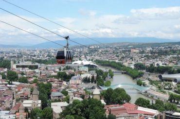 Поток российских туристов вГрузию сократился на70%