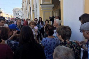 Пикеты у Гостиного двора попытались сорвать провокаторы