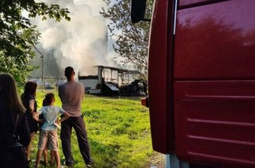 НаСофийской полностью сгорел автобус
