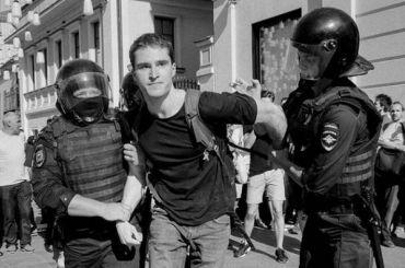 ВЦИОМ: большинство москвичей зажесткие задержания намитингах