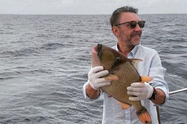 Шнуров «поймал леща» вовремя отдыха наМальдивах