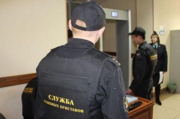 Судебные приставы выдворили изПетербурга более тысячи мигрантов