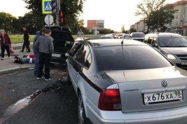 Двое пострадали всерьезной аварии вгороде Колпино