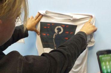 Православные активисты раздели прохожего из-за «оскорбительной» футболки