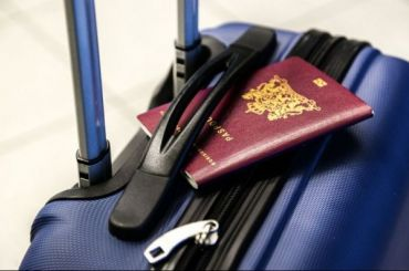 Проводник похитил упассажирки почти 100 тысяч рублей иззабытой сумки