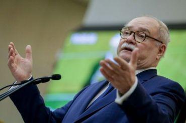 Бортко снял свою кандидатуру сгубернаторских выборов