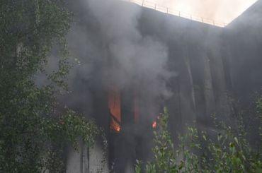 Число пострадавших впожаре наСкладской увеличилось додвух человек
