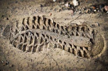 Женщине-сторожу сломали позвоночник вКировске