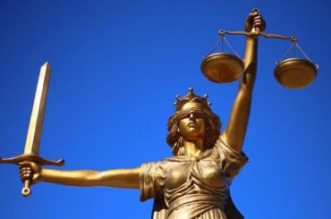Изнасилованная дознаватель изУфы потребовала отобидчиков 100 млн рублей