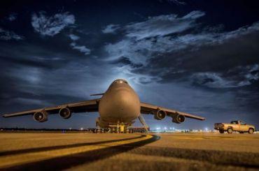 Пассажирский самолет аварийно сел вПодмосковье