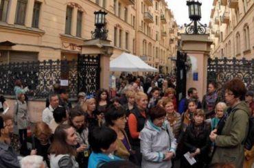 Жители улицы Рубинштейна выступили против фестиваля Довлатова