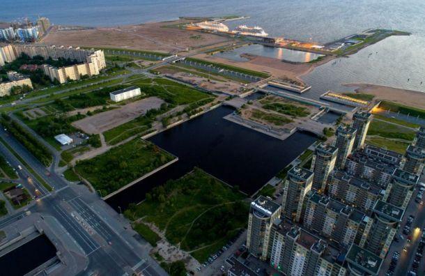 КГА устроил опрос петербуржцев обоблике парка наСмоленке