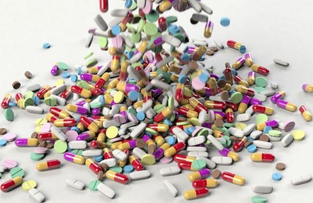 Вгороде Мурино двое подростков пытались сбыть наркотики