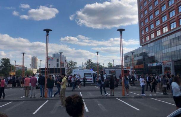Наулице Седова эвакуировали бизнес-центр «Эврика»