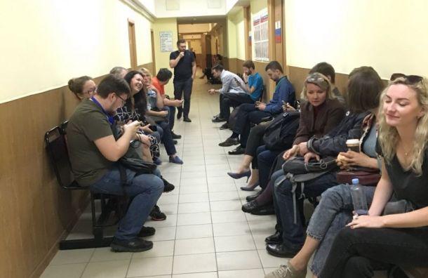 «Единая Россия» осталась вменьшинстве вМО «Смольнинское»