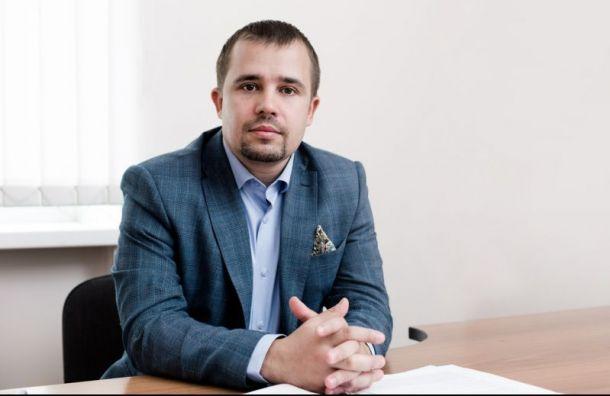 Помощник Амосова пожаловался наподтасовку вМО «Остров Декабристов»