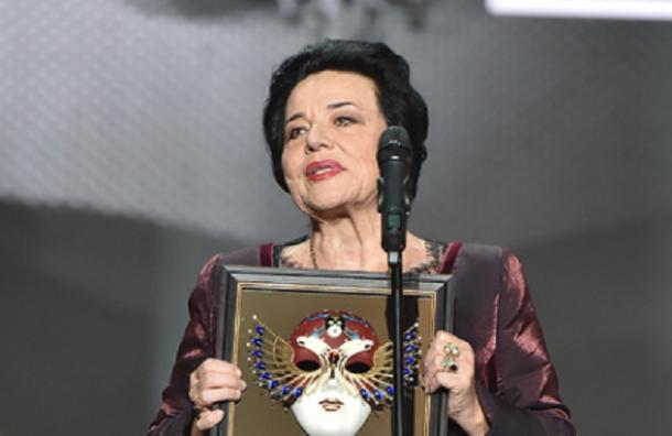 Петербург прощается соперной певицей Ириной Богачевой
