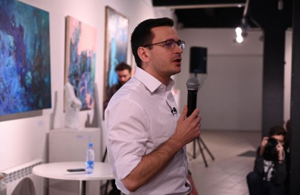 Яшин рассказал петербуржцам, какой должна быть оппозиционная фракция вМО