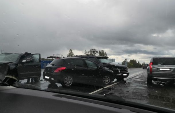 ДТП натрассе «Кола» спровоцировало огромную пробку