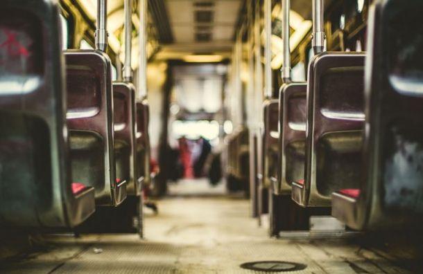 Помаршруту Приморского района пустят дополнительные автобусы