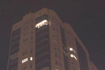 НаПарнасе неизвестные кидались картошкой с23-го этажа
