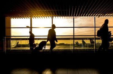 Рейс изПетербурга вБарселону задерживается почти навосемь часов