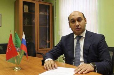 Вновь избранных мундепов вМО «Лисий Нос» попросили поддержать Грудникова