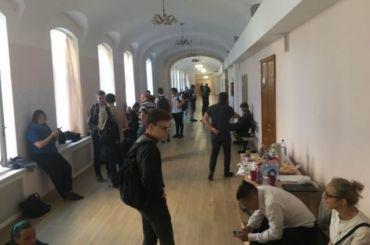 Оппозиция может получить большинство мандатов вМО «Смольнинское»