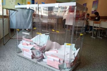 Явка навыборах губернатора Петербурга кполудню достигла 6,61%