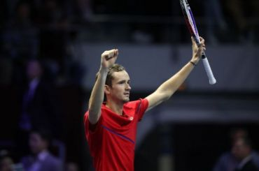 Медведев выиграл St. Petersburg Open