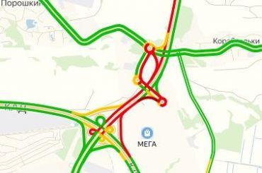 Водители стоят в12-километровой пробке наНовоприозерском шоссе
