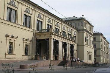 Посмотреть галереи истории древней живописи Эрмитажа можно будет вVR