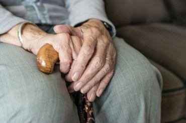 Сведения оповышении пенсионного возраста опровергли вправительстве