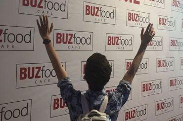 Ресторан Бузовой «BUZfood» открылся в«Галерее»