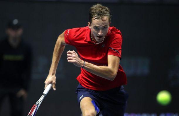 Медведев обратился кфанатам после выхода вфинал St. Petersburg Open